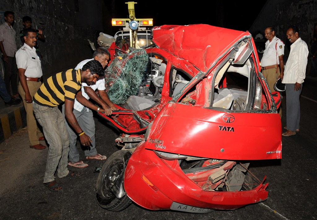 Road Accident Leads To Pile Up Two Killed Mysuru Today