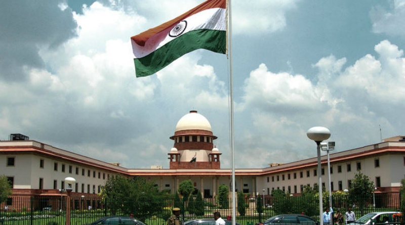 Supreme-Court-national-anthem-dec3