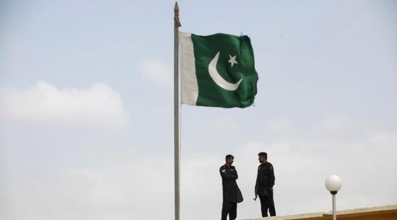pakistani-flag-dec18