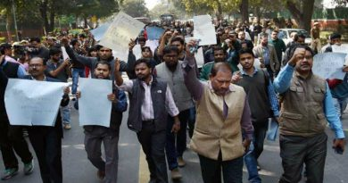 press-council-of-india-protests_650x400_41455643564