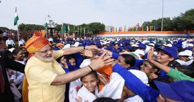 The Prime Minister, Shri Narendra Modi interacting with the school children after addressing the Nation, on the occasion of 71st Independence Day from the ramparts of Red Fort, in Delhi on August 15, 2017.