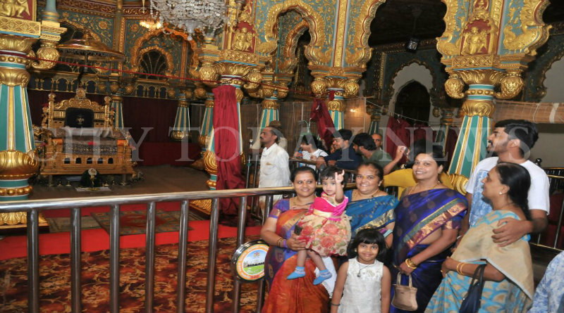 Golden Throne Open For Public Viewing